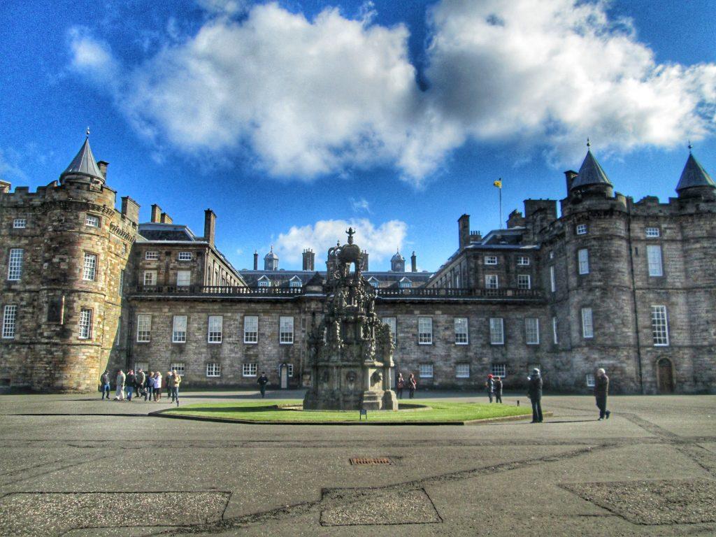 Holyroodhouse Palace Fountain